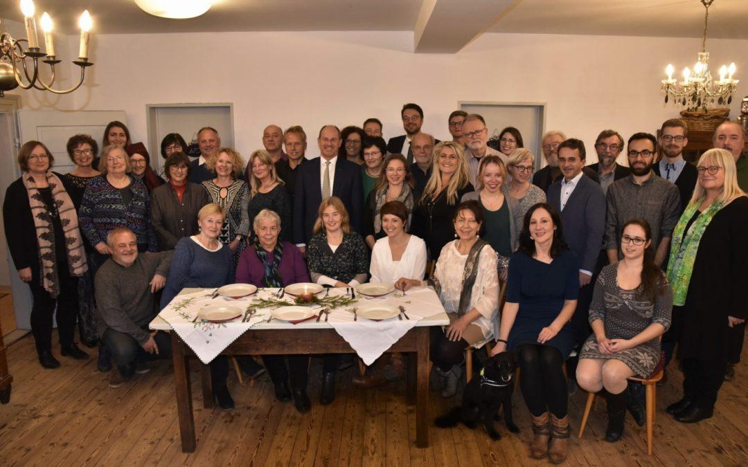 """Das """"Team Lauf"""" feierte Weihnachten im Dorfcafé"""